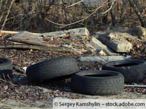 Illegale Müllablagerung in Pilsting