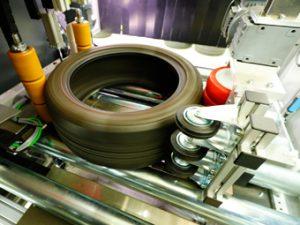 TireTech Prüfung der Reifen